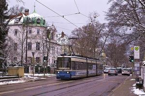 Renatastraße lijn12 R22