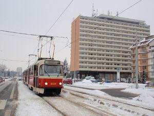 Obchodní dům Petřiny lijn18 T3R.P