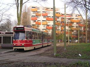 Beginpunt tramlijn 2 aan Graaf Willem de Rijkelaan met GTL 3059