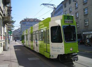 Kreuzplatz lijn8 Tram2000