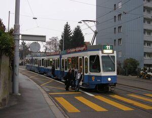 Regensbergbrücke lijn11 Tram2000