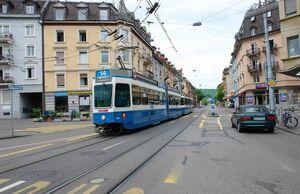 Goldbrunnenplatz lijn14 Tram2000