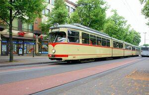 Urdenbacher Allee lijn701 GT8