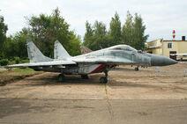 Mikoyan MiG-29A Fulcrum 47 white (7902979344)