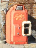 Nuka Cola vending machine FO4