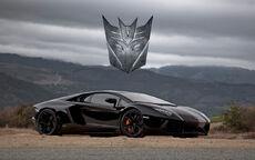 Lamborghini-Aventador-é-presença-confirmada-em-Transformers-4
