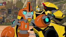 Bumblebee ja Fixit (Ta-daa)