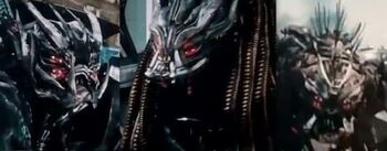 The-Dreds-Transformers-570x223