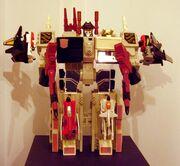 Super Metroplex G1 Toy