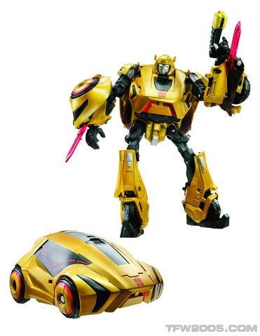 File:Wfc-bumblebee-toy-deluxe.jpg