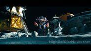 Dotm-optimusprime&ratchet-film-moon