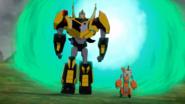 Fixit ja Bumblebee saapuivat Englantiin