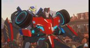 Robots in disguise Strongarm and Sideswipe
