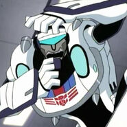 Jazz-Freaked-transformers-animated-22092610-464-464
