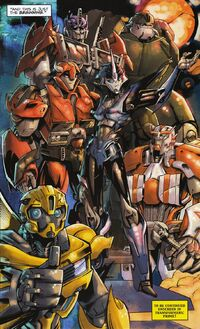 Transformers Prime Graphic Novel The Team of Optimus