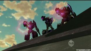 Transformers-Prime-004-018