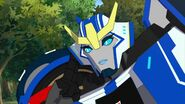 Strongarm tries to comm Sideswipe