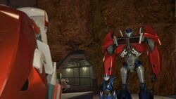 Scrapheap screenshot Ratchet, Arcee, Optimus