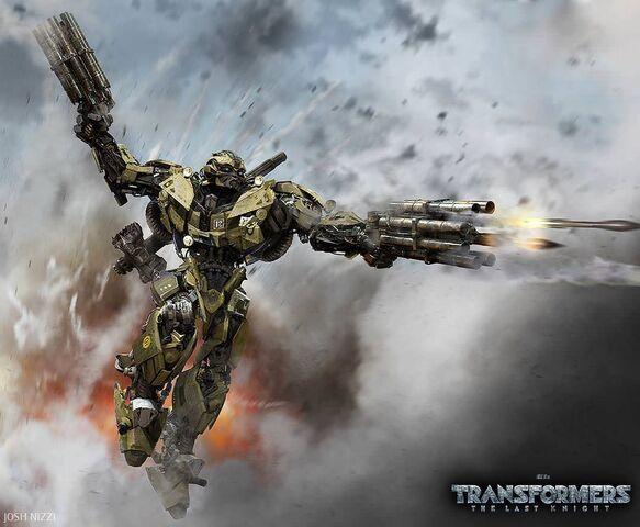 File:Josh-Nizzi-World-War-II-Bumblebee-Transformers-The-Last-Knight.jpg