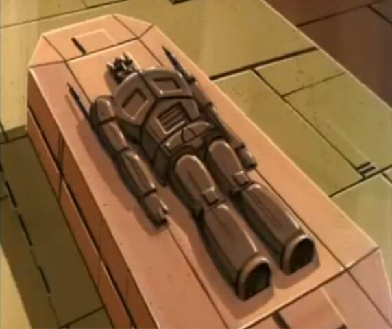 File:G1-optimusprime-s308-coffin.jpg