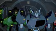 Grimlock ja Steeljaw ovat matkalla Cybertronille.