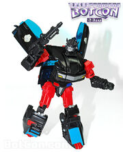 Transformers-botcon-2010-streetwise-robot-mode 1271942914