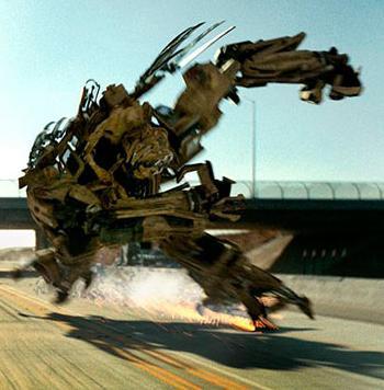 Transformers Movie BONECRUSHER complete deluxe
