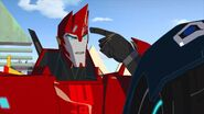 As the Kospego Commands! Sideswipe think