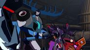 Transformers Robots in Disguise 2015 S01 E14 Side (4)