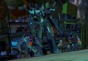 Robots in Disguise Hunting Season Fracture and his Minicons