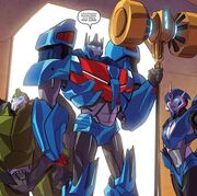 Robots in Disguise issue 02 Arcee Bulkhead and Ultra Magnus Appear