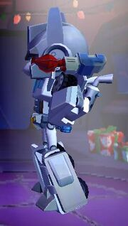 Angry Birds Transformers Ultra Magnus Features