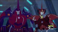 Decepticon Leaders Saberhorn and Glowstrike