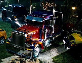 270px-TF2007 optimus truckmode