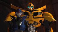 Armada screenshot Arcee and Bee