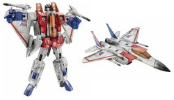 Hasbro Masterpiece Starscream toy