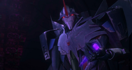 Starscream and Dark Energon Chip