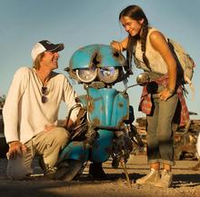 Transformers 5 Squeeks Michael Bay Isabela Moner