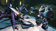 Transformers Fall of Cybertron - Jazz fighting Insecticons