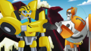 Bumblebee with Blades (S4E17)