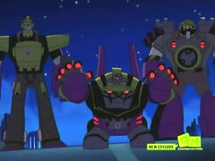 TFAni Threes a Crowd Constructicons