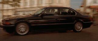 1995-BMW-735i-E38-4