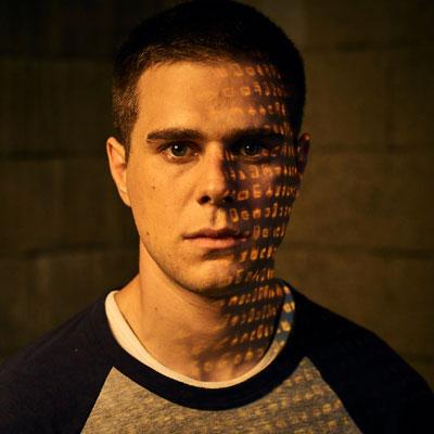 File:Character-S01-Trevor Holden3.jpg