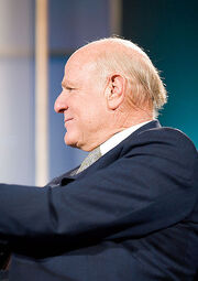 423px-Barry Diller,Web 2.0 Conference 2005