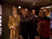 Sisko warnt Bajor vor Heuschrecken