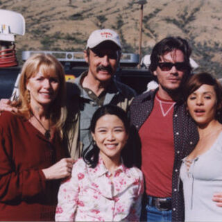 Lee with the cast