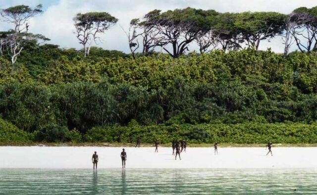File:Sentineli-beach.jpg