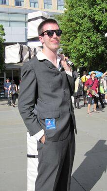 Nicholas Wolfwood cosplayer at FanimeCon 2010-05-30 1