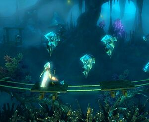 Crystal stalactites