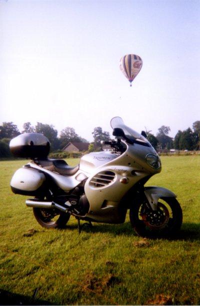 4 CYCLINDER NEW HAYNES MANUAL TRIUMPH TROPHY 1200 1994